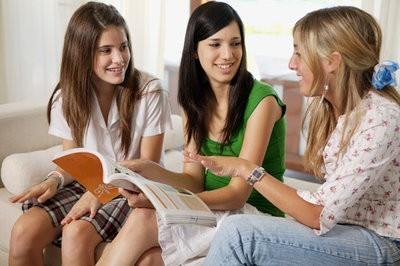 青少年白癜风是怎么治呢